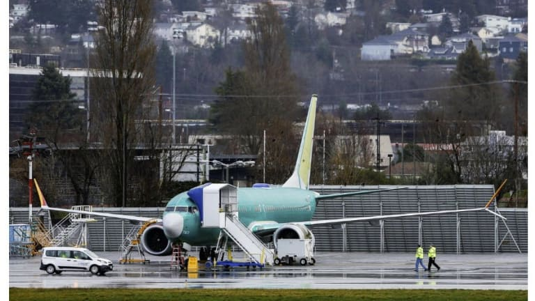 Orders at Boeing Drop to a 16-Year Low