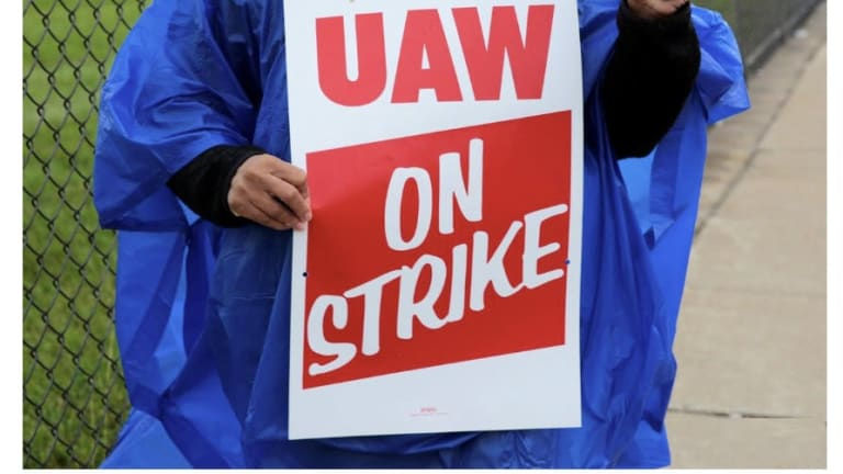48,000 GM UAW Workers Set to Strike Tonight, First Nationwide Strike in 12 Years