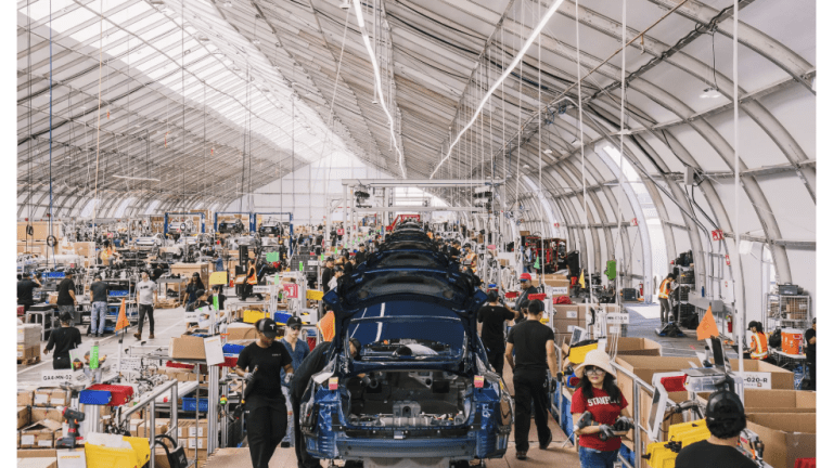 """Model 3 Assembly Line: Detailed Images of  Tesla's """"On the Fly"""" Manufacturing"""