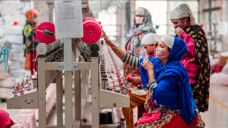 Garment Bots Will Replace 60 Million Apparel Workers
