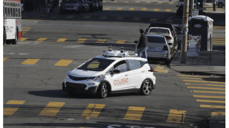 GM to Have Robotaxi Service by 2019: Can Uber Survive?