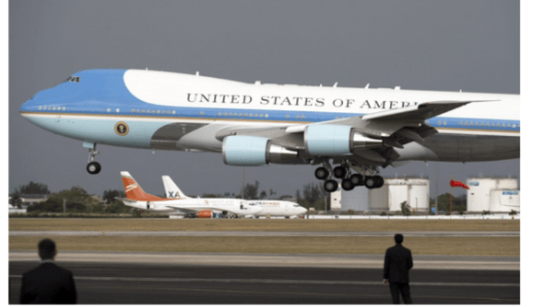 """Trump Tweets """"Cancel Order!"""" Boeing Airforce One """"Costs Out of Control"""""""