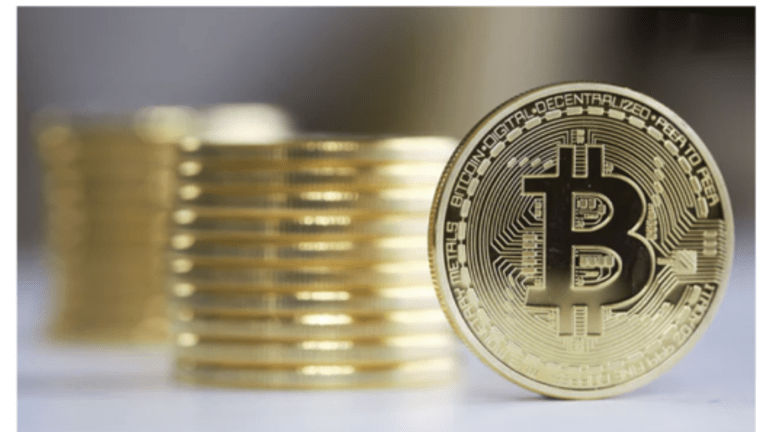 Bitcoin vs Dollars: Which One is a Fraud? Which One is a Ponzi Scheme?